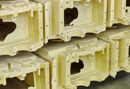 stampaggio poliuretano rigido strutturale